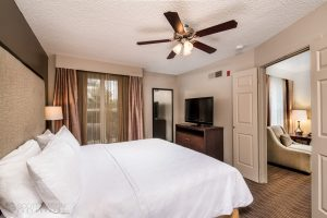 interior photo of the Homewood Suites Austin single room