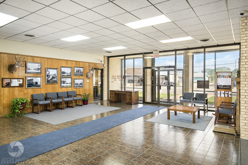 an interior photo showing the entrance/lobby to Union State Bank in Florence
