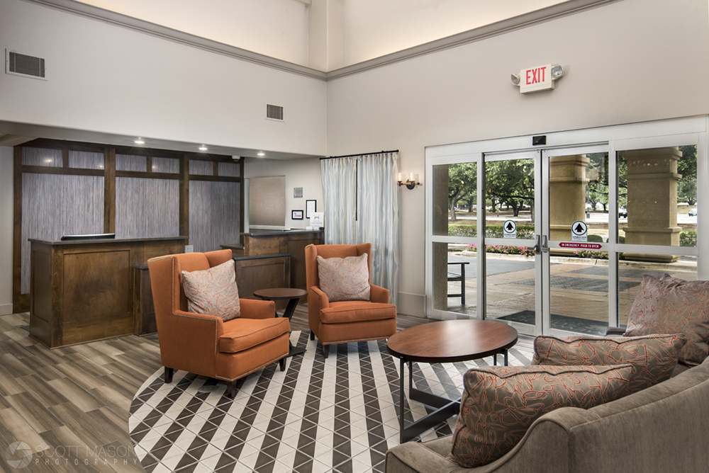 a photo of the lobby/entryway to the Homewood Suites in south Austin Airport