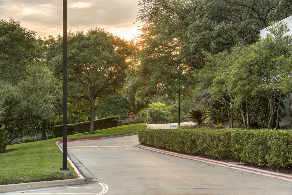 a photo of a driveway at sunset at Bridgepoint Plaza